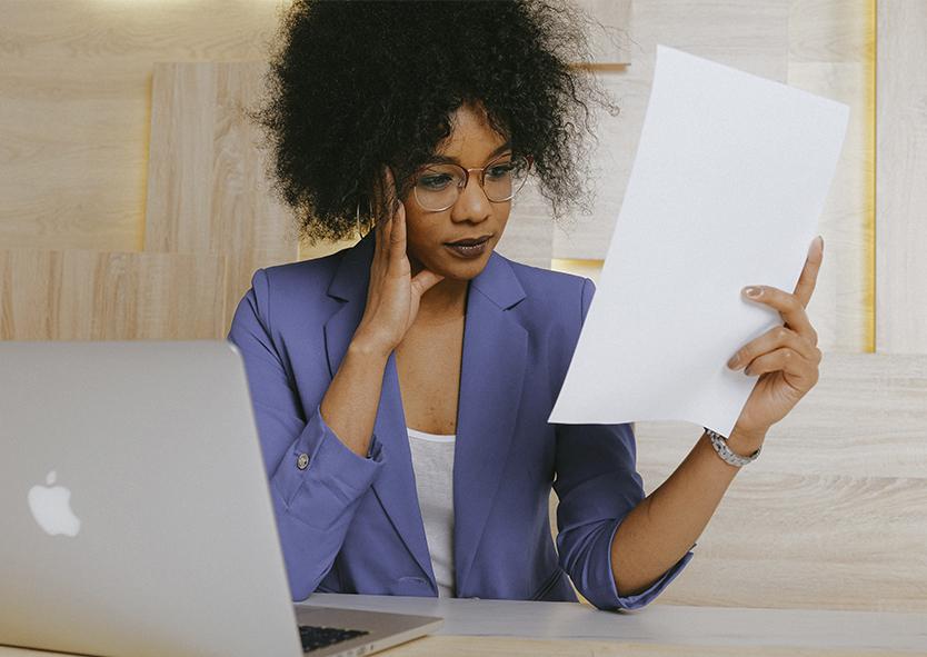 Quando você contrata um seguro é bombardeado por uma série de termos novos. Franquia, cobertura, sinistro, prêmio, mas afinal, o que significa tudo isso?
