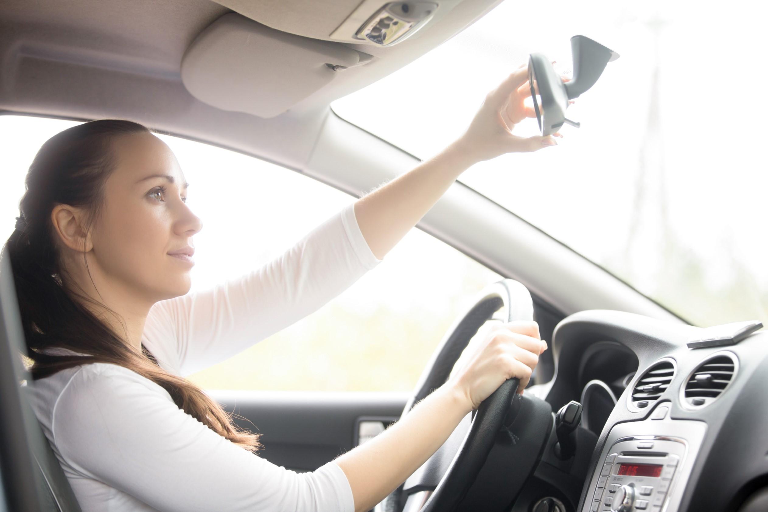 Conheça todas as vantagens do seguro auto mulher