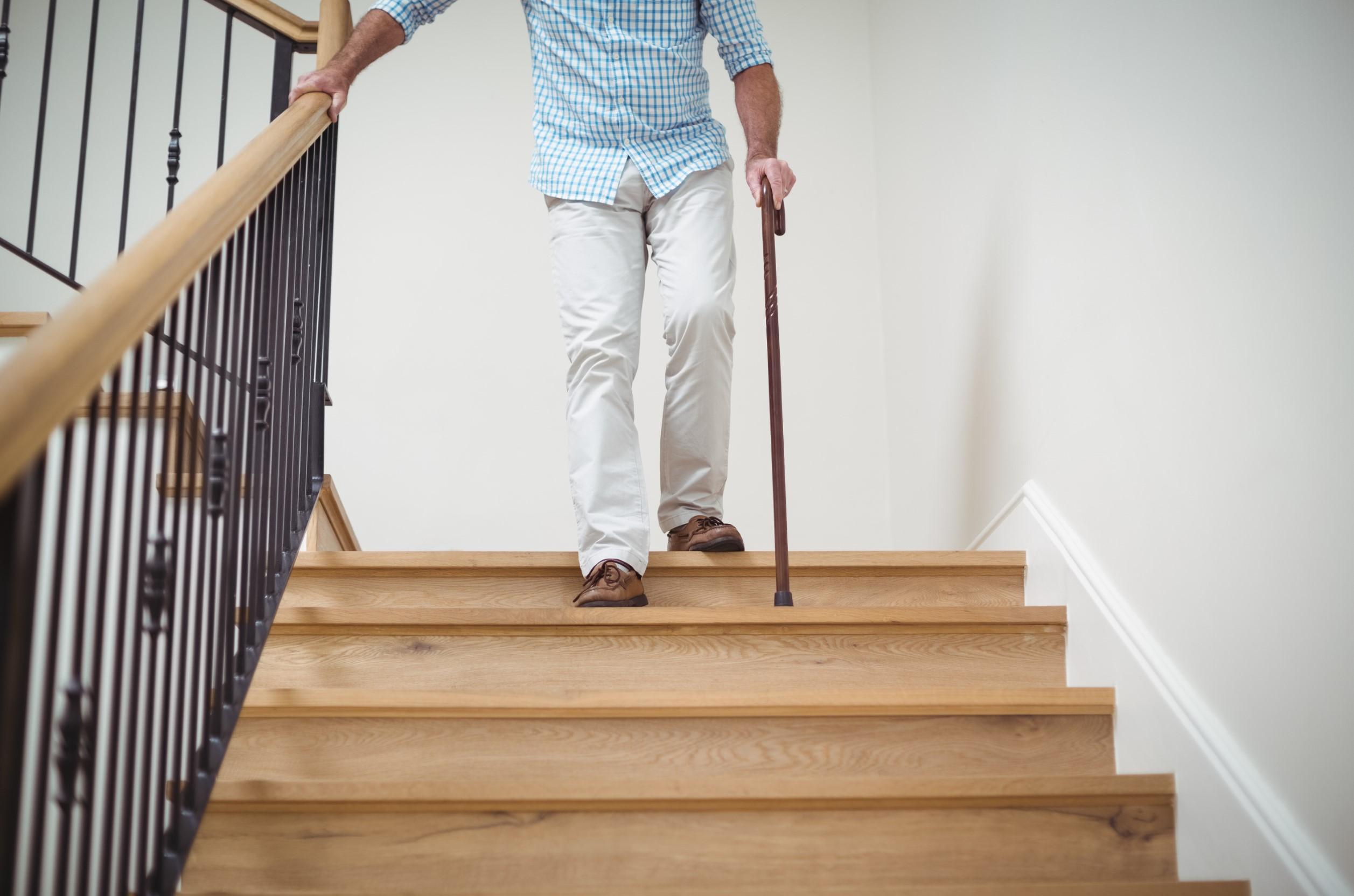 casa segura para idosos Como adaptar sua casa para evitar acidentes e torná-la mais confortável e segura para familiares idosos